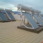 Panouri solare cu boiler incorporat (imagine de ansamblu).